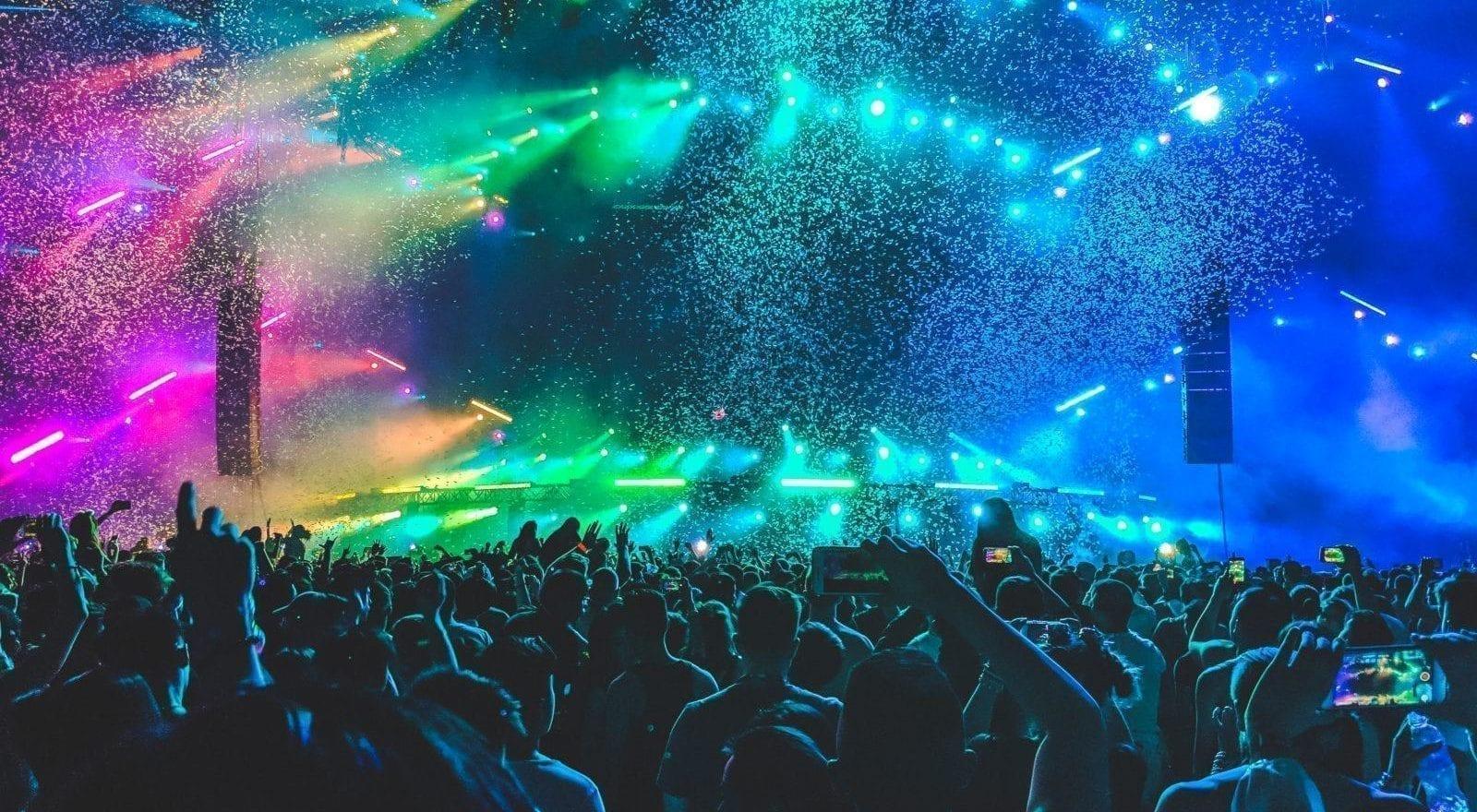 Hoeveel Kost het om een Muziekfestival op te Zetten? 18 Uitgaven om voor te Plannen