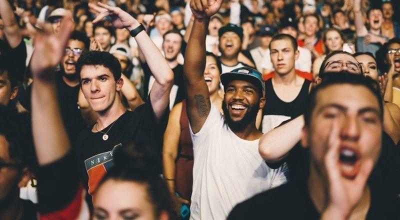 Hoe op evenementen een menigte te beheren
